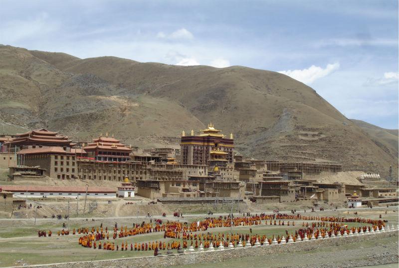 Dzamthang-Monasetery