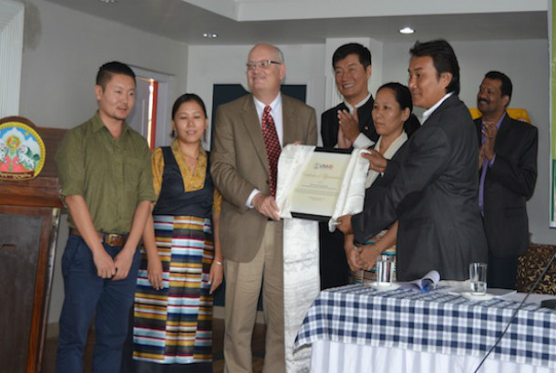 central tibetan administration receives award from usaid tibet post international. Black Bedroom Furniture Sets. Home Design Ideas
