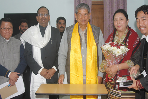 Tibet-Home-Kalon-with-CM-Uttarakhand