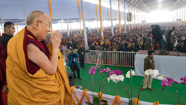 HHDL-bodghaya teaching-2018