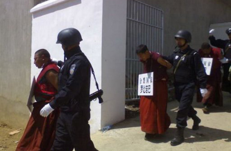 monks-arrest-tibet
