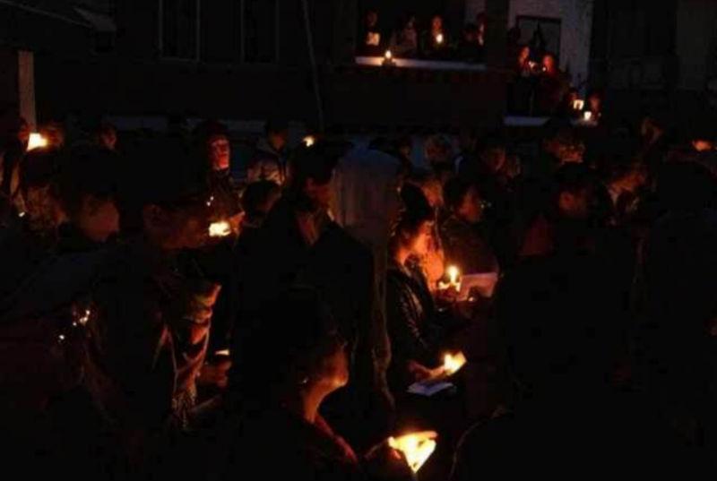 candle-vigil-2013-6
