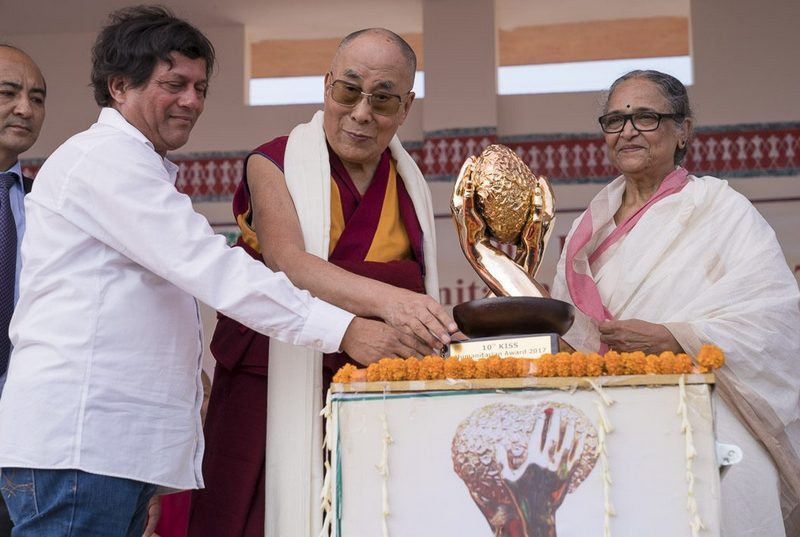 Tibet-India-Kiss-Humanitarian-Award-2017