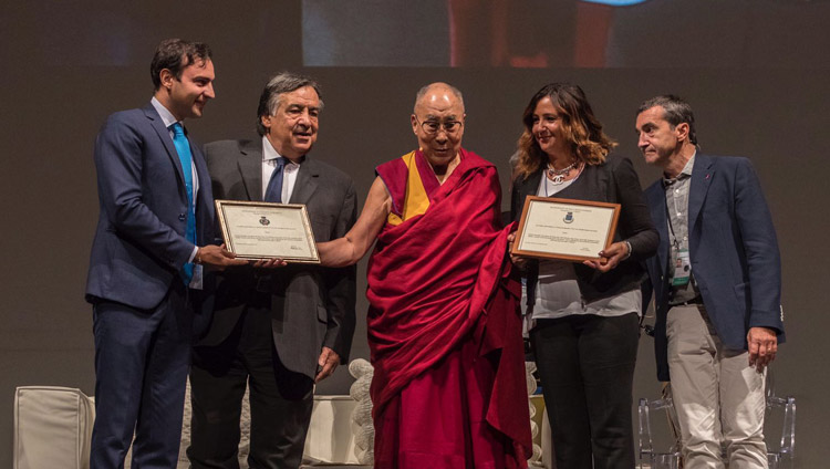 HHDL-palermo-citizen-2017