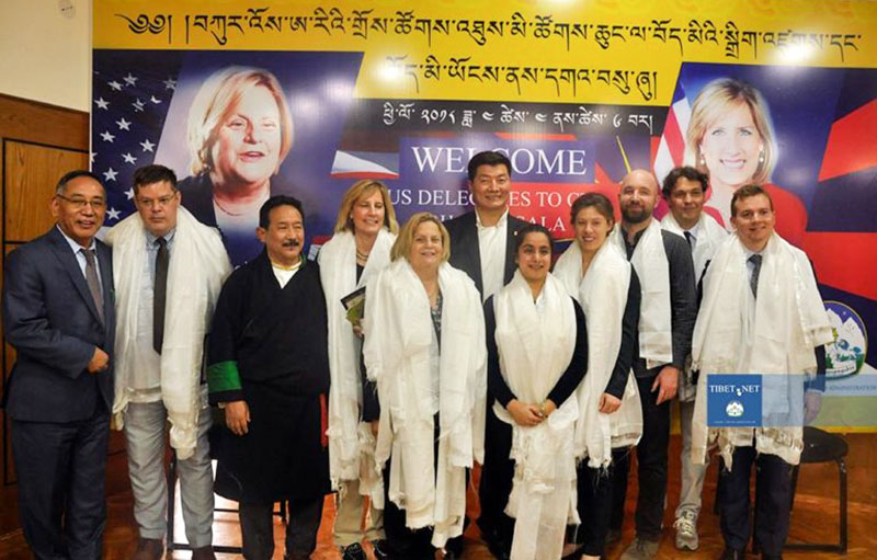 Representatiev Ngodup Tsering of OOT Washington DC with president Dr Lobsang Sangay and the US Congressional delegation in Dharamshala, India, on April 4, 2018. Photo: Tenzin Jigme Tayde/DIIR
