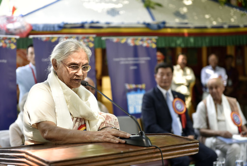 Chief guest Sheila Dixit, former Delhi Chief Minister addressing the inaugural ceremony of the three-day Cultural Festival of Tibet at India International Centre, Delhi, April 2, 2018. Photo: CTA/DIIR