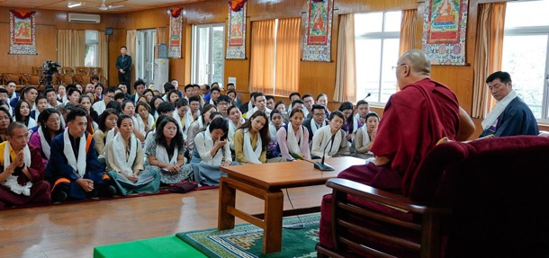 His Holiness the Dalai Lama speaking to the participants and organisers of the Five-Fifty Youth Forum during the audience held at His Holiness' residence in Dharamshala, India on 20 August 2018. Photo/OHHDL