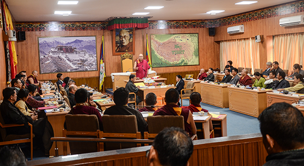 Khenpo Sonam Tenphel, Speaker of the Tibetan Parliament-in-Exile delivering the inaugural remarks of the 5th session of the 16th Tibetan Parliament on Dharamshala, India, on March 14, 2018. Photo: TPI/Chonyi Sangpo