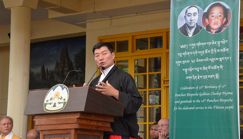 President Dr Lobsang Sangay addressing the celebration of the 30th birth anniversary of the 11th Panchen Lama and gratitude to the 10th Panchen Lama at the main Tibetan temple in Dharamshala, India, April 25, 2019. Photo: TPI/Yangchen Dolma