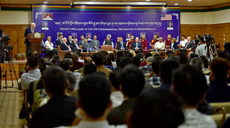 Congressman David Price addressing the gathering during a grand welcome reception hosted by the Tibetan government in-exile, in honor the visit of the U.S. delegation, Dharamshala, India, August 3, 2019. Photo/Tenzin Jigme/CTA