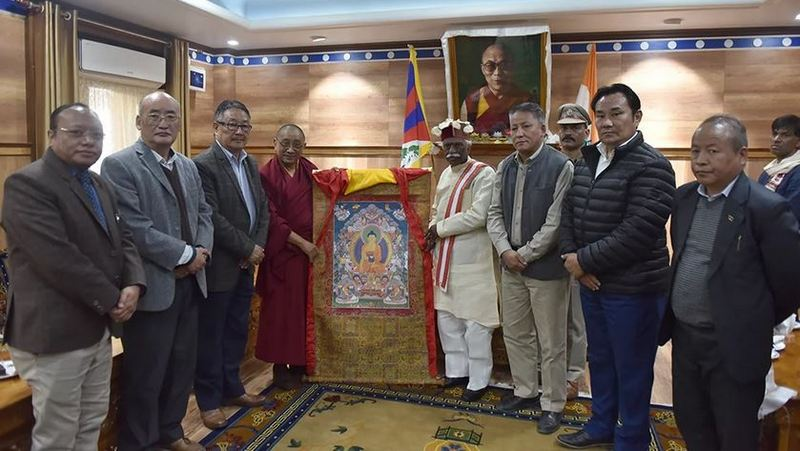 Kashag presenting a traditional Tibetan Thangka painting to the Governor Bandaru Dattatreya at the felicitation ceremony, November 18, 2019, ind Dharamshala, India. Photo/Tenzin Phende/CTA