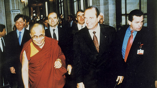His Holiness the Dalai Lama walking with French President Jacques Chirac in Paris, France on December 8, 1998. Photo: File