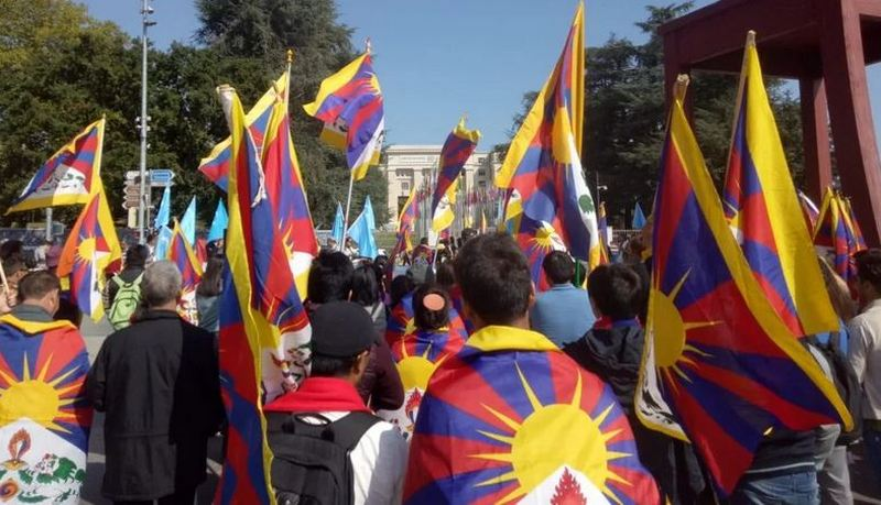 Hundreds of Tibetans hold a peaceful rally in front of the United Nations Office in Geneva, on September 20, 2019, over China's unabated violations of human rights in Tibet. Photo: Tashi Namgyal/TCSL