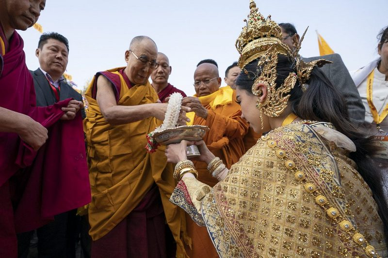 We all have a responsibility to work for the cause of Tibet: His Holiness the Dalai Lama