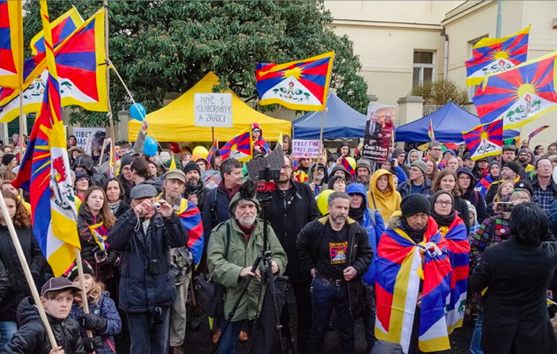 Demonstration in front of the Chinese Embassy, Prague, Czech Republic. Photo: Tibet Bureau Geneva