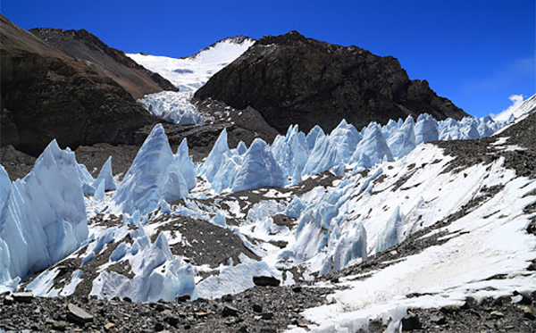 Tibet's Melting Glaciers.  Photo: File