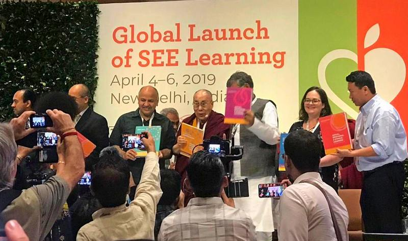 His Holiness with Delhi Deputy Chief Minister Manish Sisodia, Nobel Peace Laureate Kailash Satyarthi and other guests launching the SEE Learning curriculum in New Delhi, India on April 5, 2019. Photo: SEE Learning